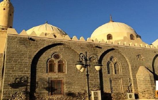 Masjid-Ghamama-370x297